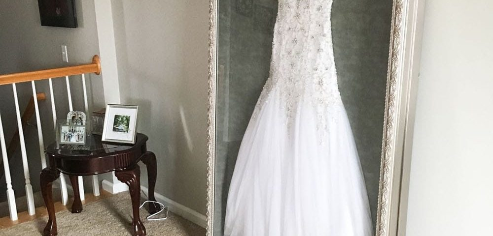 display wedding gown